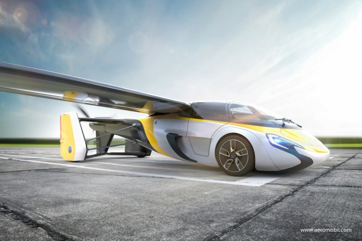 AeroMobil_World_Premiere2017_Digital_Airfield.jpg
