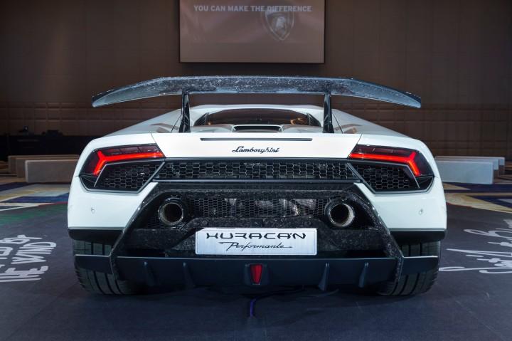 Lamborghini Huracan Performante新車發表 (11).jpg