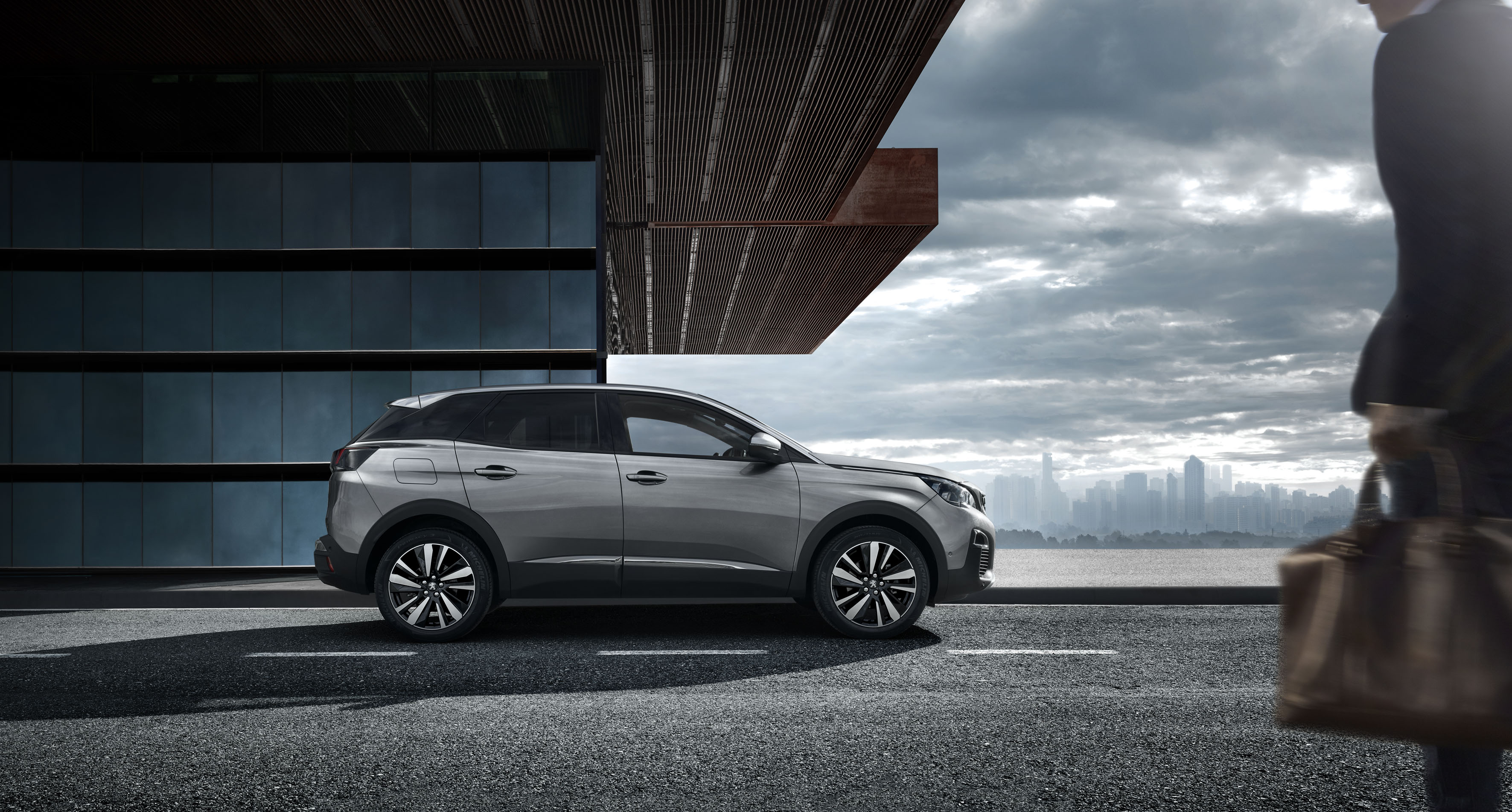 【新事】出手排就買?挑戰市場定律Peugeot推出手排休旅