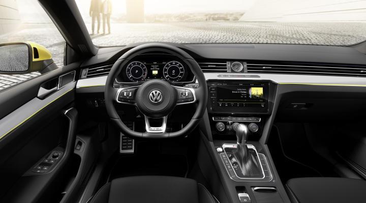 Volkswagen Arteon R-Line (3)