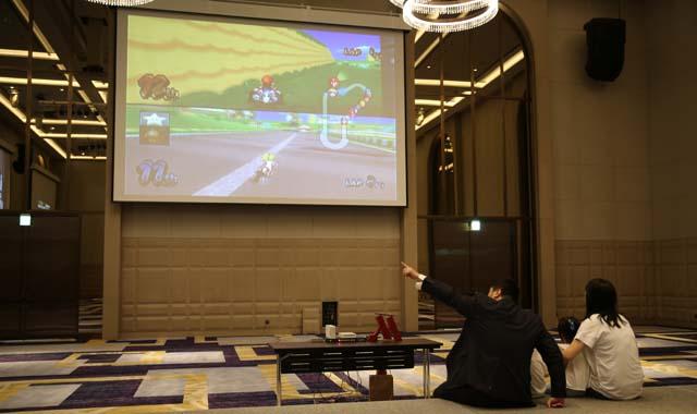 【行遍天下】飯店裡玩卡丁車,台北萬豪推暑期限定遊樂場