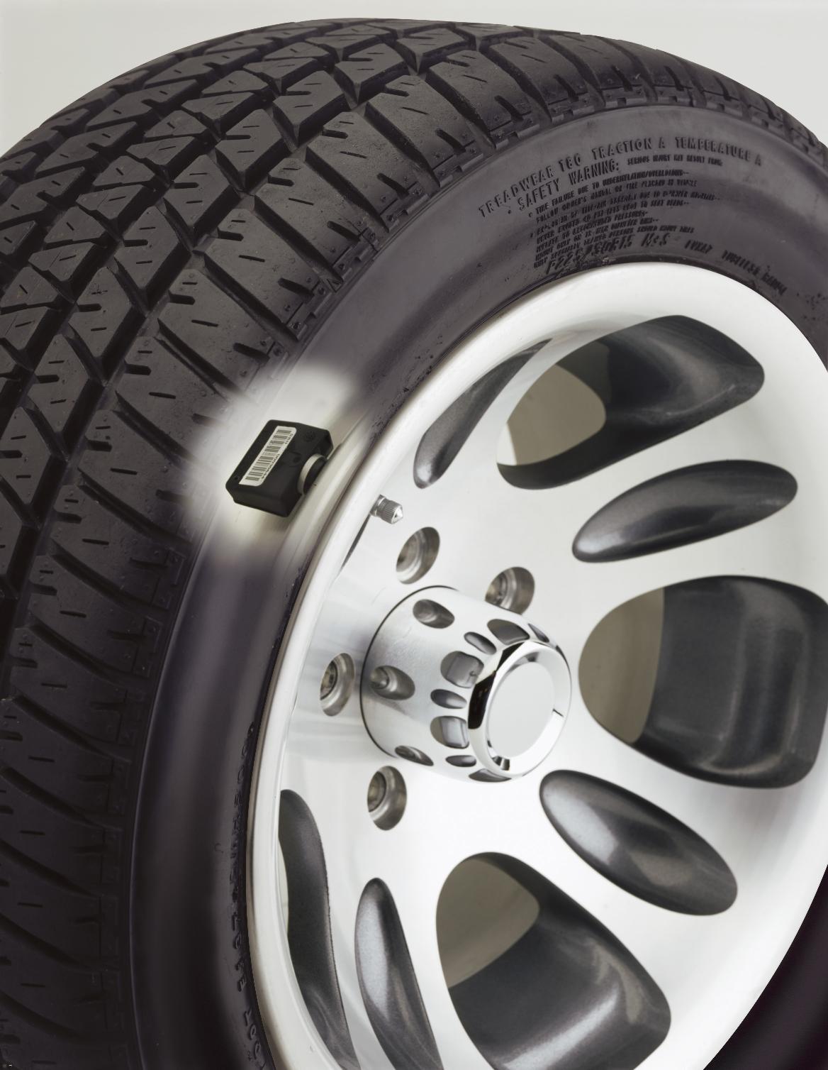 【道安】保障行車安全,舊車也該裝上胎壓偵測器