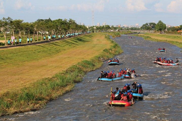 02安農溪泛舟漸受遊客喜愛,因為過程既刺激又安全,沿途美景不斷,且一年四季水量穩定。