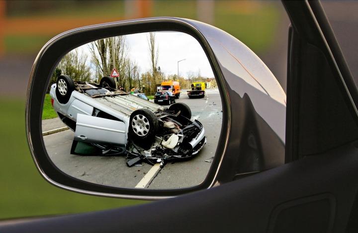 accident-1497295_1920